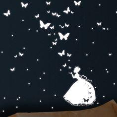 Lovely Leuchtaufkleber Cinderella Prinzessin Sterne Wandtattoo nachtleuchtende Prinzessin mit Schmetterlingen und Punkten fluoreszierend leuchten im