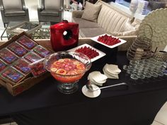 Guests enjoyed the music of John Nugent along with the fresh Florida strawberries.