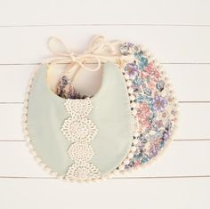 Pretty drool bibs perfect for the teething stage. Handmade locally in the Pacific Northwest. - Holiday Gift Guide for Babies - meadoria Sewing Crafts, Sewing Projects, Drool Bibs, Crochet Bebe, Baby Bibs, Bibs For Babies, Boho Baby, Baby Crafts, Baby Girl Fashion