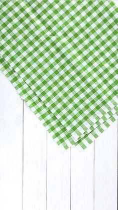 Vegan Food Packaging - Food Rezepte Pasta - Food Truck Doces - Food Cravings How To Make Food Background Wallpapers, Food Wallpaper, Food Backgrounds, Wallpaper Backgrounds, Paper Background Design, Food Graphic Design, Food Design, Instagram Design, Food Instagram