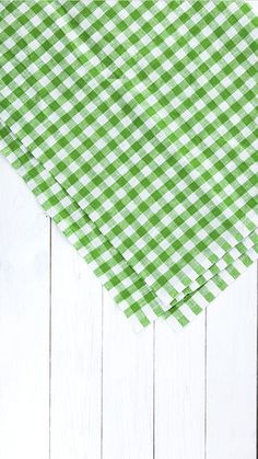 Vegan Food Packaging - Food Rezepte Pasta - Food Truck Doces - Food Cravings How To Make Food Background Wallpapers, Food Backgrounds, Wallpaper Backgrounds, Plaid Wallpaper, Food Wallpaper, Paper Background Design, Instagram Design, Food Instagram, Food Goals