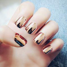 Rose gold metallic nails #nails