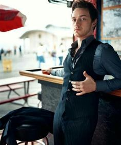 60 - James Mcavoy Born: 1979 See him: Wanted, X-Men: First Class, The Chronicles of Narnia: The Lion, the Witch and the Wardrobe Height: m) James Mcavoy, Michael Fassbender, Hugh Jackman, Look At You, How To Look Better, Gorgeous Men, Beautiful People, Perfect People, Pretty Men