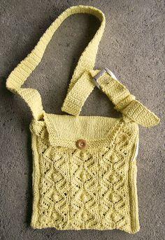 Bolsa em tricô, detalhes lá no blog. Vem : http://miauartes.blogspot.com.br/ #artesanato