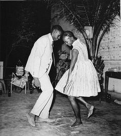 I love the work of photographer Malick Sidibe. The feel of this young couple dancing together tells such a story. I feel like I'm in the room somewhere in the back, sipping on a cold one relaxing after my own dance. Love it! One Fine Thread: Styling It - Malick Sidibé Captures 1960's Mali