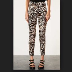 """TOPSHOP CHEETAH PANTS Size 8 28"""" inseam    **bundles save 10%** no holds/no trades/no modeling/no asking for lowest Topshop Pants Skinny"""