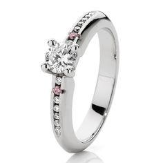 18ct White Gold White & Argyle Pink Diamond Engagement Ring  Beautiful.....