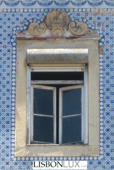 windows of Lisbon