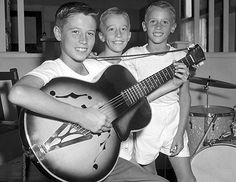 Bee Gees Slideshow /Some really fun facts you may not know about them