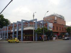 Centro Comercial la Pasarela - Av 5A Norte 23 DN 68 - Tecnología, Computadores #DeCaliSeHablaBien