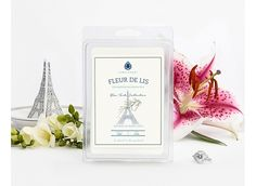 A refreshing floral blend of green tea and bright tones, this fragrance combines bamboo notes with hints of crisp bergamot, jasmine and petitgrain. Creamy sandalwood and smoky vetiver finish off a scent as classic and sophisticated as Paris itself.