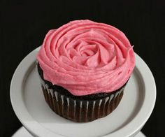 Entertain with one of these delicious gluten-free cupcake recipes. These tasty recipes are packed full with yummy flavors that everyone will enjoy; no one will know how nutritious these cupcakes really are.