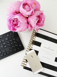 Peonies in flat lays (did I mention I adore peonies and a totally blogging cliches, Soz)