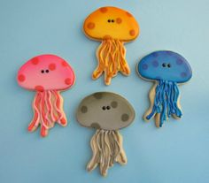 Simple Little Jellyfish Cookies by thebearfootbaker.com