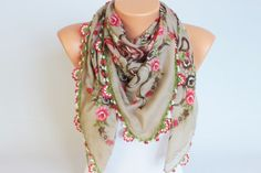Beige  flowered Turkish oya scarf Hand crocheted  by SenasShop, $24.00