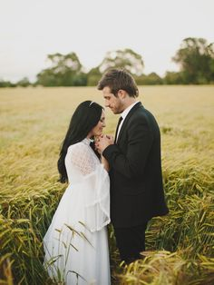 Clasped hands - Tyler Branch Photo -English-Countryside-Wedding