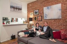 Close Living: Two College Friends One Bedroom