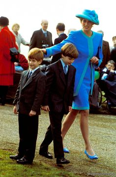 Princess Diana	SANDRINGHAM CHURCH  PRINCESS DIANA WITH SONS HENRY ( HARRY ) AND WILLIAM PHOTO BY: DAVE CHANCELLOR-ALPHA-GLOBE PHOTOS INC...