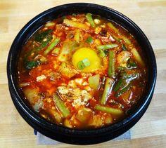 해물순두부 (Spicy soft tofu stew with seafood)