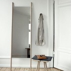 'Minimal Interior Design Inspiration' is a biweekly showcase of some of the most perfectly minimal interior design examples that we've found around the web - Interior Design Examples, Interior Design Inspiration, Home Interior Design, Bedroom Inspiration, Entryway Furniture, Dream Furniture, Danish Design Store, Master Room, Minimalist Decor