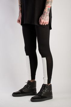 Legacy Paneled Legging