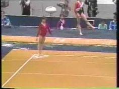 Oksana Omelianchik AA FX [1987] - Best. Performer. Ever. Tanta energía y ni un solo movimiento suelto. Y triple twist punch front.