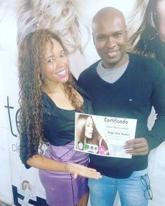 Fala Galera do Bem!!! Este é o Júnior e nesta Semana ele concluiu com sucesso o Curso de Mega Hair .  Parabéns Júnior você venceu  Preconceito e quebrou Tabús. SUPER ORGULHOSA!!! #negão #negao #negodetirarochapéu #junior #alunotop #implantista #megahair #cursomegahaircopacabana #copacabanamegahair #megahair #implante #cabelos #poderoso #nanihairplus #nanihair #rio2016 #errejota #riodejaneiro