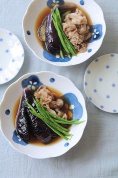 茄子と豚の煮浸し。 by 栁川かおり 「写真がきれい」×「つくりやすい」×「美味しい」お料理と出会えるレシピサイト「Nadia | ナディア」プロの料理を無料で検索。実用的な節約簡単レシピからおもてなしレシピまで。有名レシピブロガーの料理動画も満載!お気に入りのレシピが保存できるSNS。