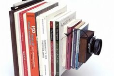 A cool vintage style camera made with books - image - Tonk