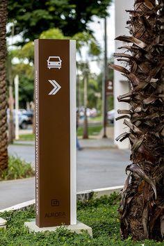 Aurora Shopping /STUDIOMDA Wayfinding Design Signage Board, Park Signage, Environmental Graphic Design, Environmental Graphics, Digital Signage, Pylon Sign, Web Banner, Navigation Design, Wayfinding Signs