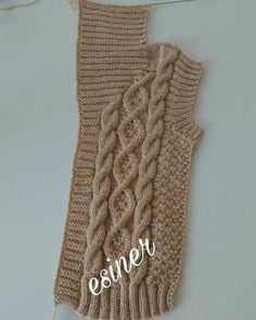 Jacket for boy 2020 Kids Knitting Patterns, Baby Cardigan Knitting Pattern, Knitting For Kids, Baby Knitting Patterns, Lace Knitting, Filet Crochet, Crochet Stitches, Crochet Baby, Knit Crochet