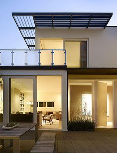 rectilinear and graphic #house #modern #architecture