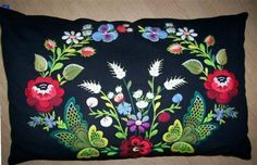 swedish folk art embroidery Kudde, Dala-Floda