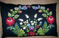 swedish folk art embroidery Kudde, Dala-Floda
