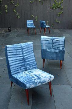 Petits fauteuils vintage, rénovation et tapisserie entièrement réalisé à la main. Lin