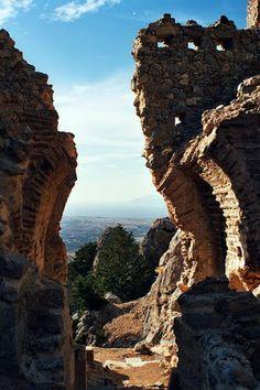Kos, Blick durch das Tor der Burgruine Palio Pyli