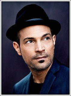 Roger Cicero (* 6. Juli 1970 in Berlin; † 24. März 2016 ebenda) war ein deutscher Pop- und Jazzmusiker.