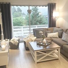 Best Small Living Room Ideas On a Budget 023 | Home | Pinterest ...
