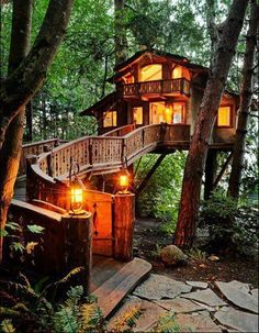 Cool Homes :: greattreehouse.jpg image by vvjustbiz - Photobucket
