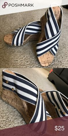 Ana wedge shoes White and blue with small gold detail Shoes Wedges