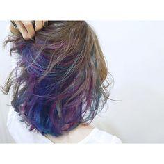 みやおうのりこ @non_1229 今日もスープラム...Instagram photo | Websta (Webstagram) Pastel Hair, Ombre Hair, Medium Hair Styles, Curly Hair Styles, Peekaboo Hair, Corte Y Color, Dye My Hair, Cool Hair Color, Messy Hairstyles