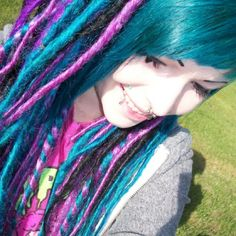 Synthetic dreads <3 love these colors!