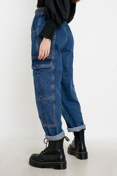 Teen Girl Fashion, Teen Girl Outfits, Edgy Outfits, Cool Outfits, Fashion Outfits, Buckle Outfits, 90s Inspired Outfits, Urban Outfitters Clothes, American Eagle Outfits