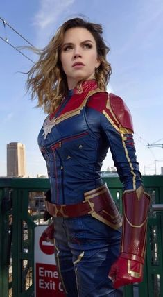 Devoted Supergirl Kara Zor-el Cosplay Costume Superhero Cosplay Costumes For Halloween Traveling Anime Costumes Women's Costumes