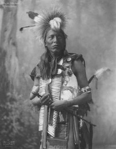 Old photos - North American Indians Native American Costumes, Native American Clothing, Native American Beauty, Native American Photos, American Indian Art, Native American Tribes, Native American History, American Indians, Native Americans