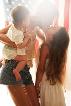 www.shopmomista.com boutique for the modern baby & kid www.themomistadiaries.com your guide to stylish mommyhood