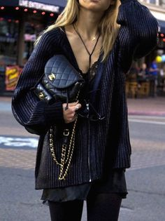 Chanel, Street Style - different necklaces, purse, shades, rings