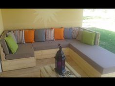 Canapé en palette pour terrasse couverte. Ambiance salon | Idèe avec ...
