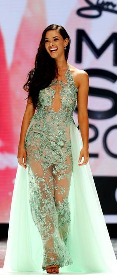 Demi-Leigh Nel-Peters is Miss South Africa 2017 - SAPeople - Your Worldwide South African Community Pagent Dresses, Pageant Gowns, Demi Leigh Nel Peters, Miss Universe 2014, Africa Dress, Miss Usa, Beauty Pageant, African Women, Beautiful Outfits