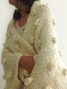 Manta de lana natural, en punto y con burbujas!